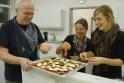 Wir dürfen uns dankenswerterweise im Mädchengymnasium Bensheims, nämlich der Liebfrauchenschule treffen.